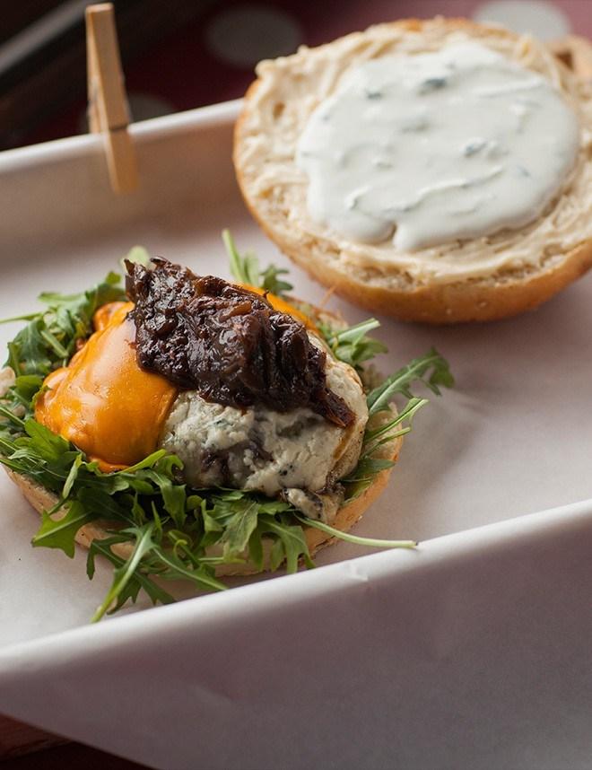 Kolekcja odzieżowa dla Excuse me